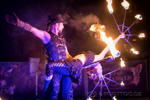 Firecircus-Laluz-Feuershow-Galerie-007