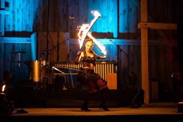 Firecircus-Laluz-Feuershow-Galerie-018