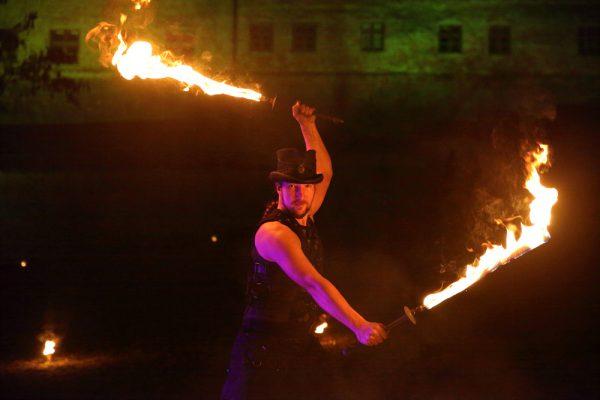 Firecircus-Laluz-Feuershow-Galerie-040