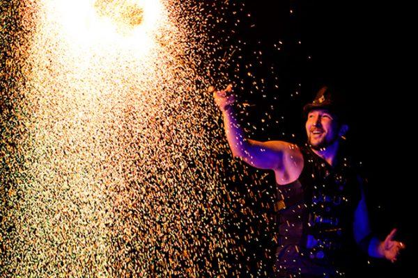 Firecircus-Laluz-Feuershow-Galerie-052