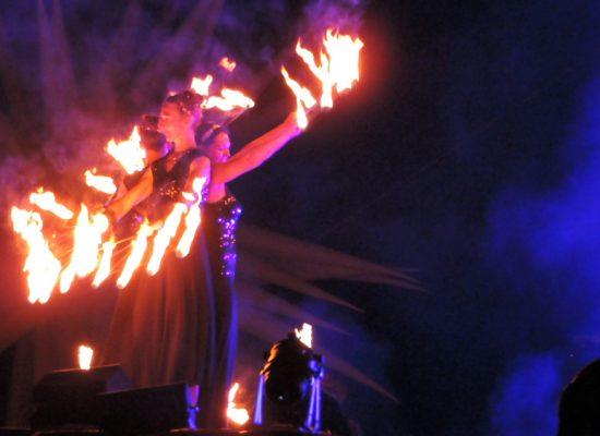 Firecircus-Laluz-Inszenierung-4Seasons-Galerie-003