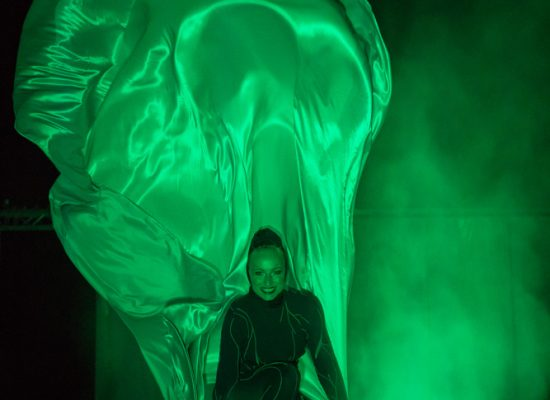 Firecircus-Laluz-Inszenierung-Elements-Galerie-011