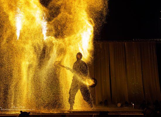 Firecircus-Laluz-Inszenierung-Elements-Galerie-015