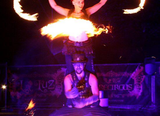Firecircus-Laluz-Inszenierung-Firespace-Galerie-011