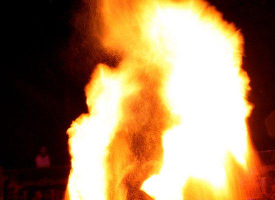 Firecircus-Laluz-Inszenierung-Firespace-Galerie-014