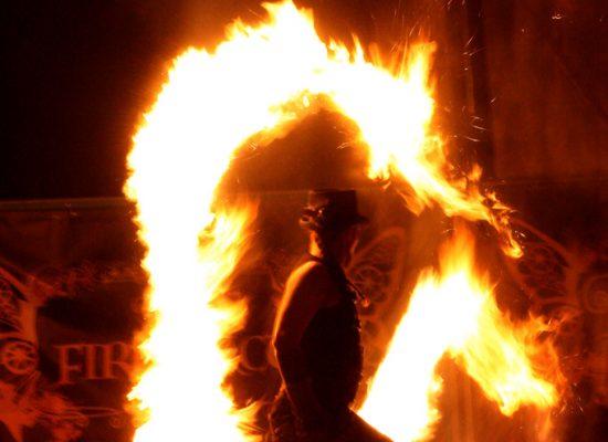 Firecircus-Laluz-Inszenierung-Firespace-Galerie-015