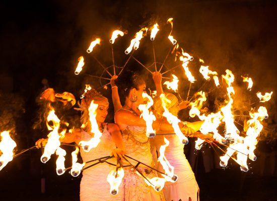 Firecircus-Laluz-Inszenierung-FeuerSaga2015-Galerie-002