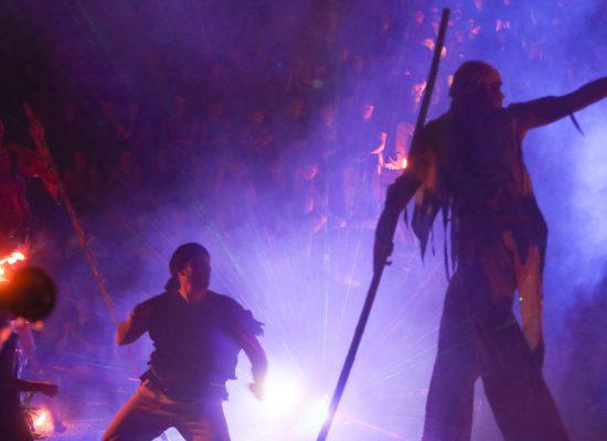Firecircus-Laluz-Inszenierung-FeuerSaga2015-Galerie-009