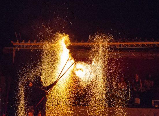 Firecircus-Laluz-Inszenierung-FeuerSaga2017-Galerie-006