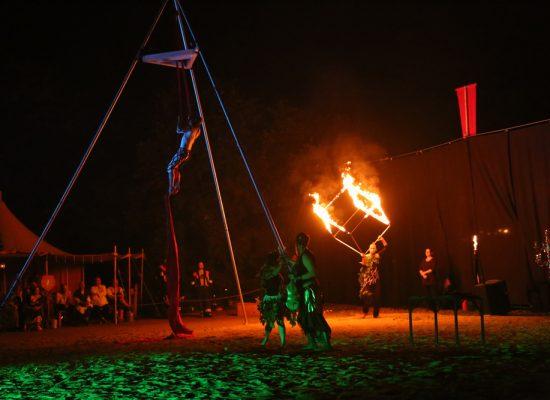 Firecircus-Laluz-Inszenierung-FeuerSaga2018-Galerie-001