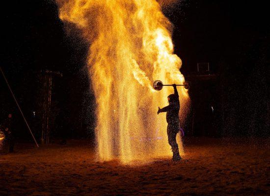 Firecircus-Laluz-Inszenierung-FeuerSaga2019-Galerie-004